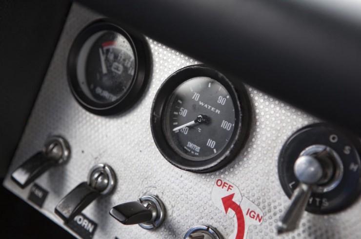Jaguar E-Type Car 4