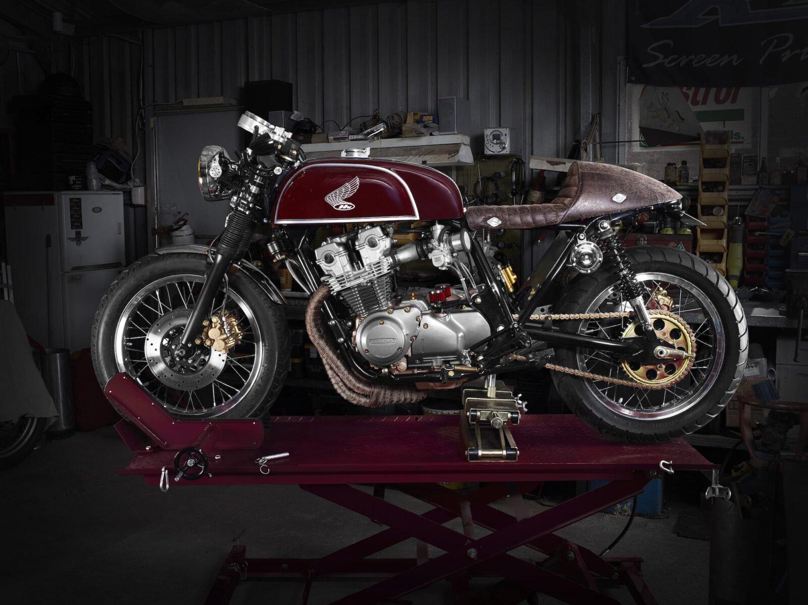 scott67537.ret3  1600x1198 - Honda CB900F Bol d'Or
