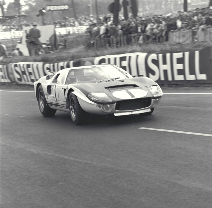 Ford GT 40 3