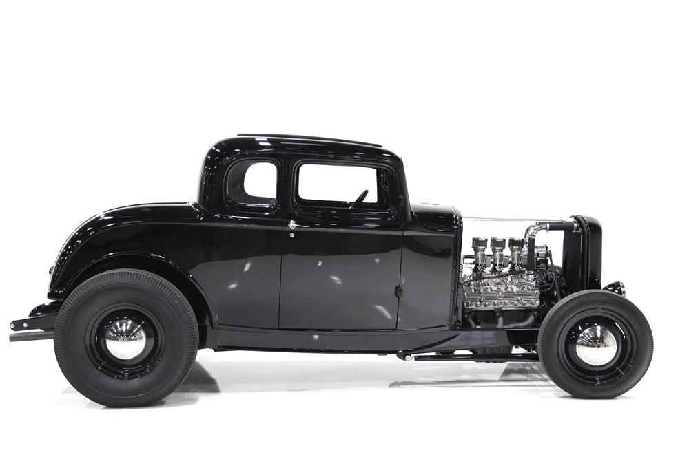 1932 Ford 5-Window Hot Rod