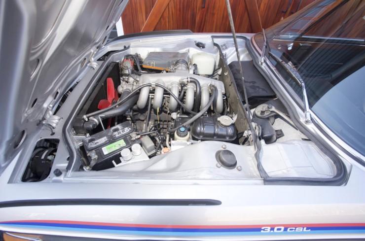 BMW-3.0-CSL-Batmobile-7