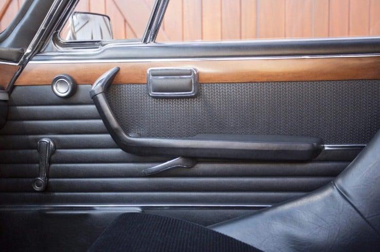 BMW-3.0-CSL-Batmobile-8