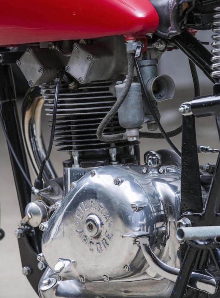Gilera Saturno Motorcycle 3
