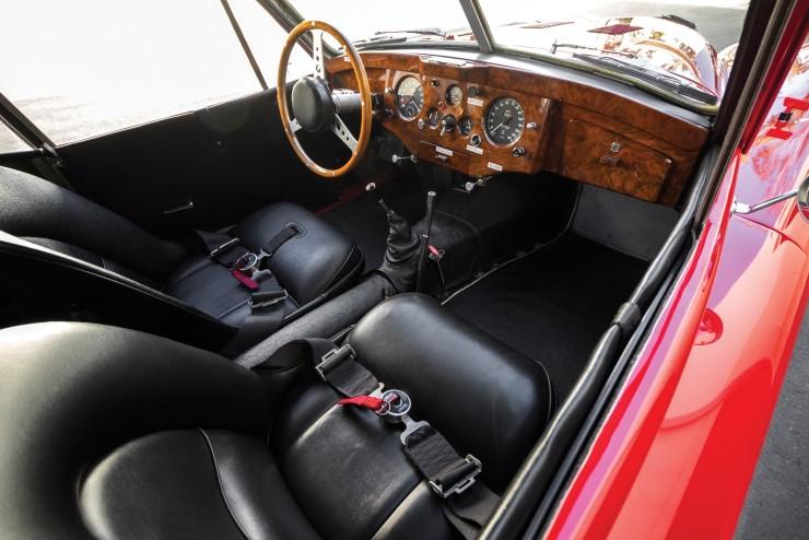 Jaguar XK 120 Fixed Head Coupe 10