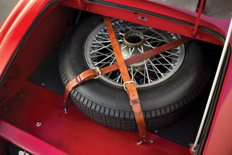 Jaguar XK 120 Fixed Head Coupe 13