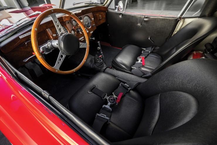 Jaguar XK 120 Fixed Head Coupe 3