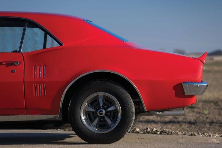 Pontiac Firebird 400 10