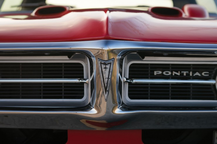 Pontiac Firebird 400 12