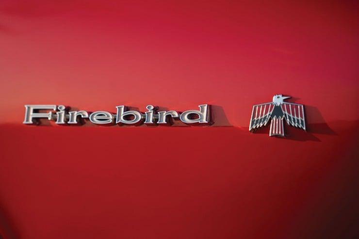 Pontiac Firebird 400 14
