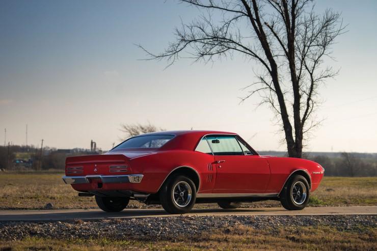 Pontiac Firebird 400 16