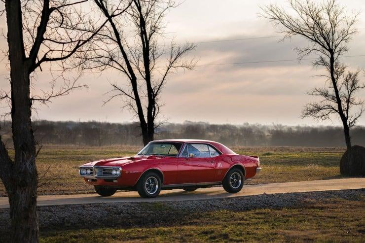 Pontiac Firebird 400 17