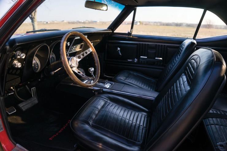 Pontiac Firebird 400 4