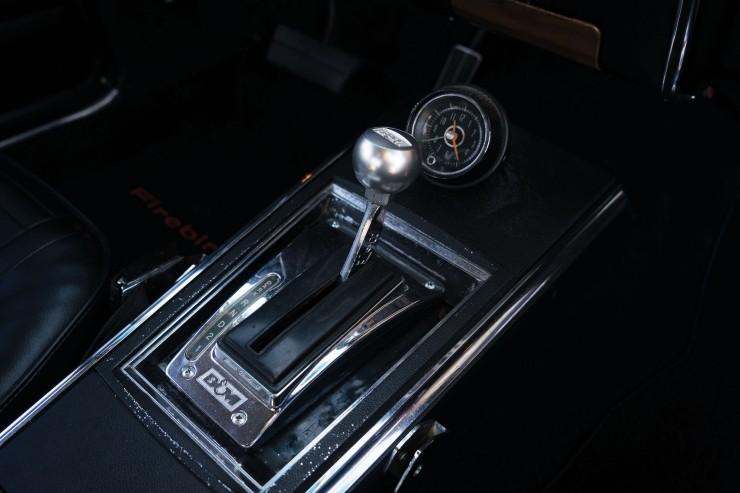 Pontiac Firebird 400 6