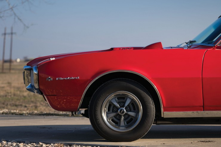 Pontiac Firebird 400 9