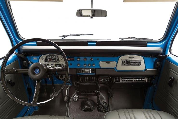 Toyota FJ40 Land Cruiser 13