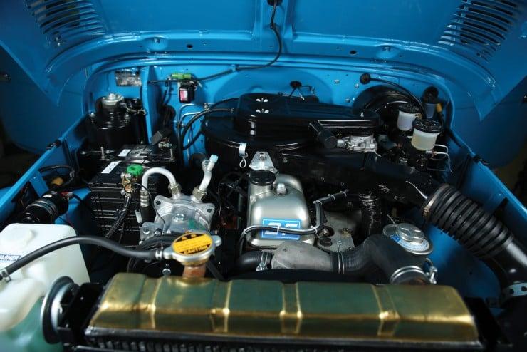Toyota FJ40 Land Cruiser 2