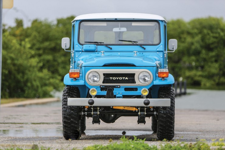 Toyota FJ40 Land Cruiser 7