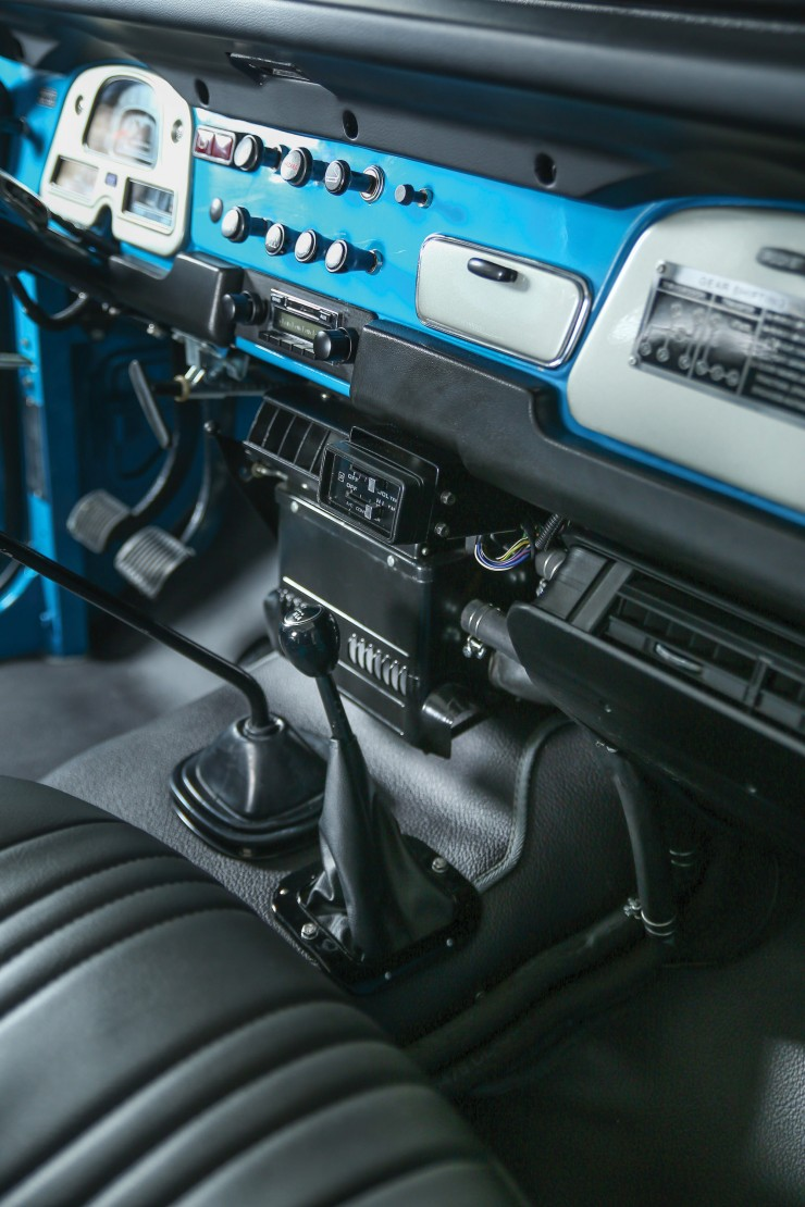 Toyota FJ40 Land Cruiser 9