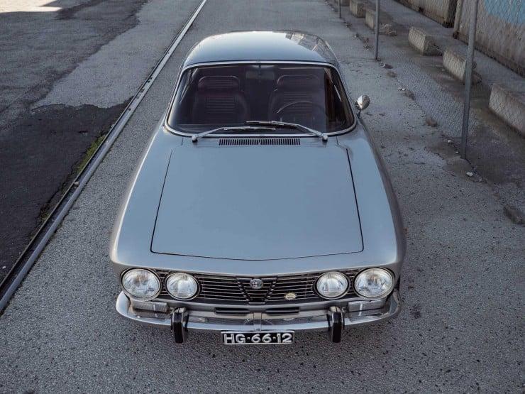 Alfa-Romeo-2000-GTV-14