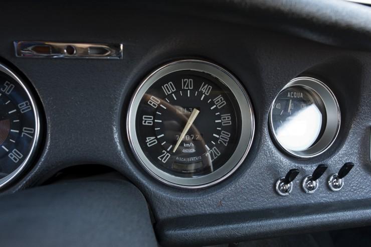 Alfa-Romeo-Guilia-GTA-12