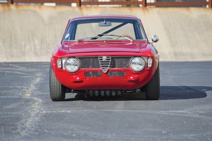 Alfa-Romeo-Guilia-GTA-9