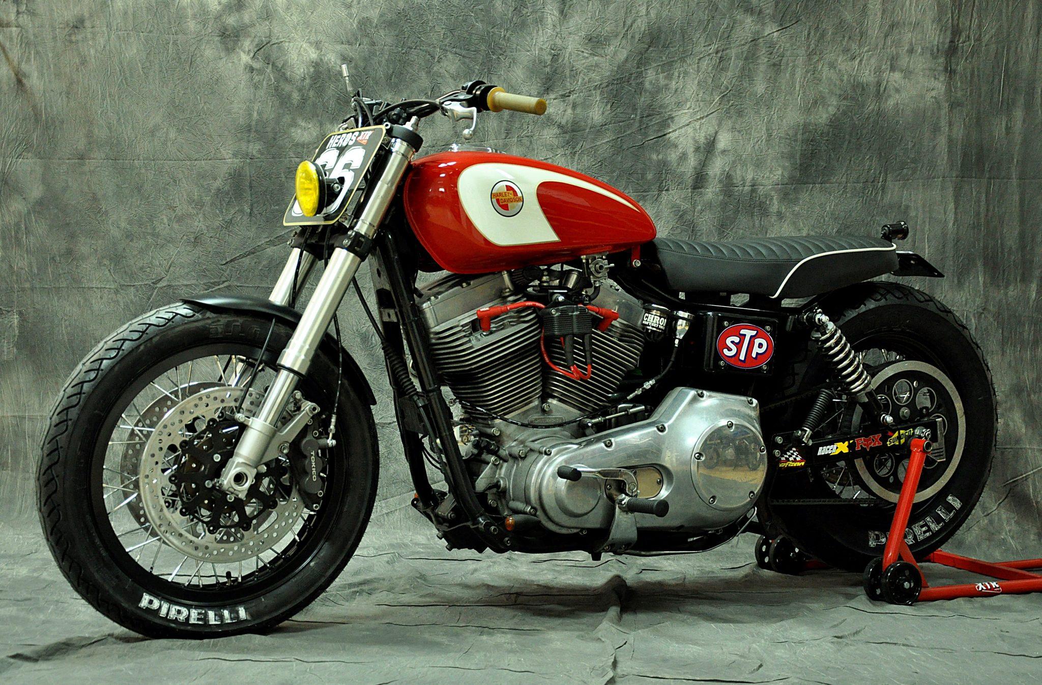 Harley Davidson Dyna Cafe Racer 13