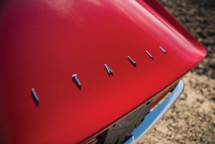 Intermeccanica Italia Spyder 8