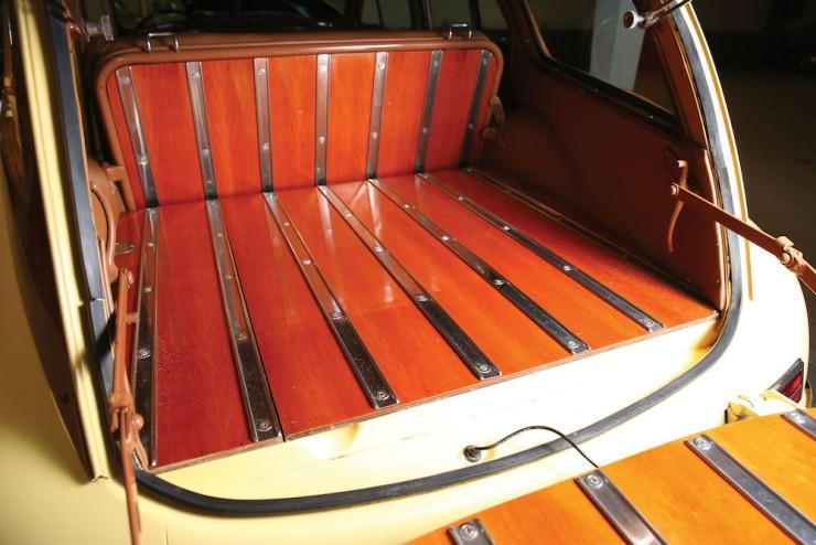 Packard 8 Station Sedan 7