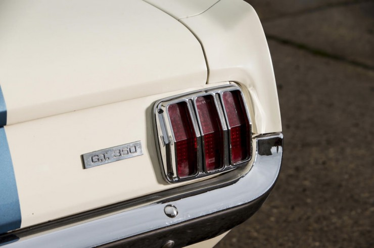 Shelby-Mustang-GT350-16