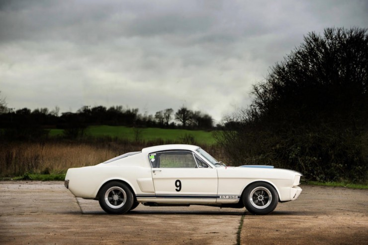 Shelby-Mustang-GT350-5