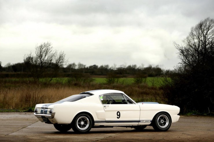Shelby-Mustang-GT350-8