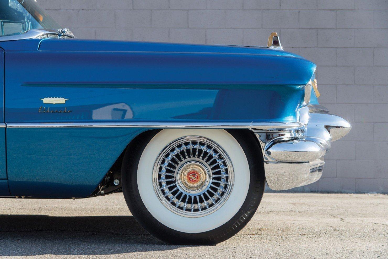 Cadillac-Eldorado-Car-12