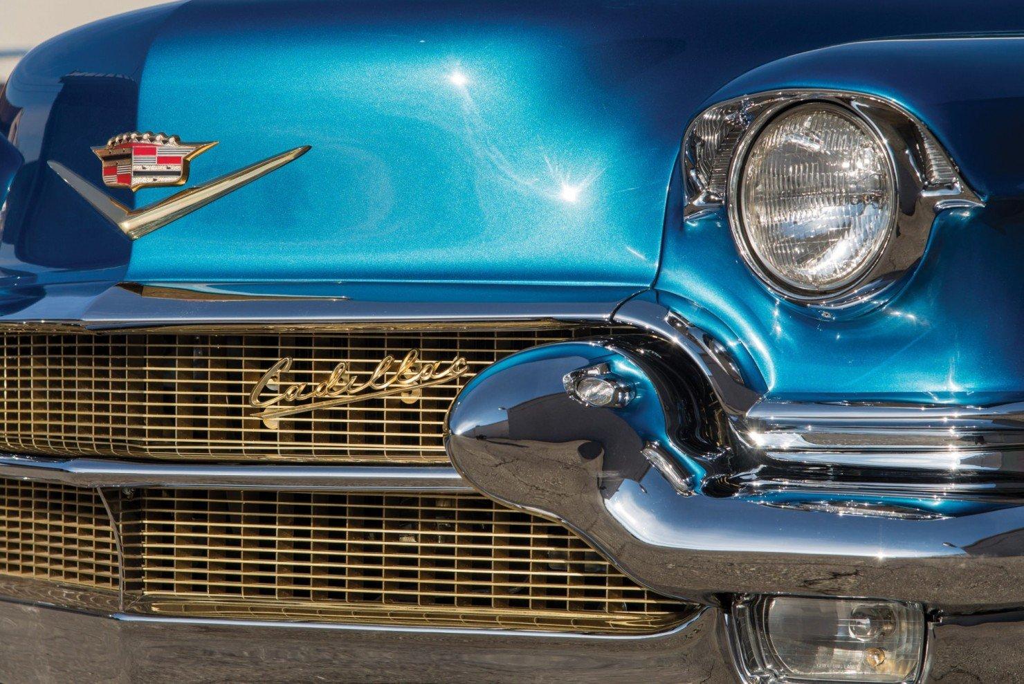 Cadillac-Eldorado-Car-14