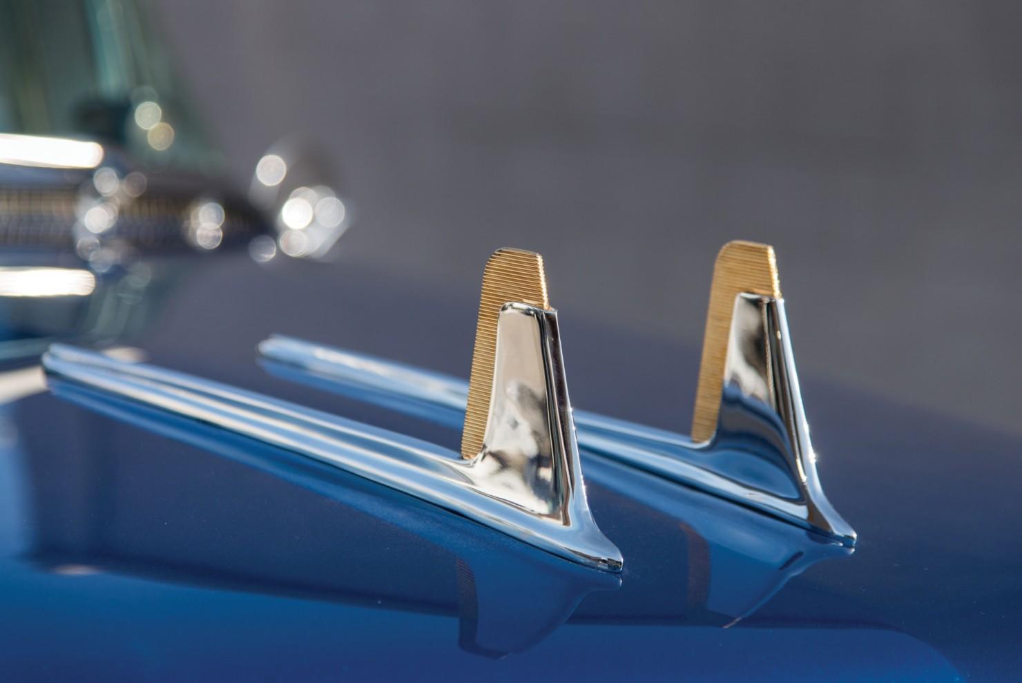 Cadillac-Eldorado-Car-17