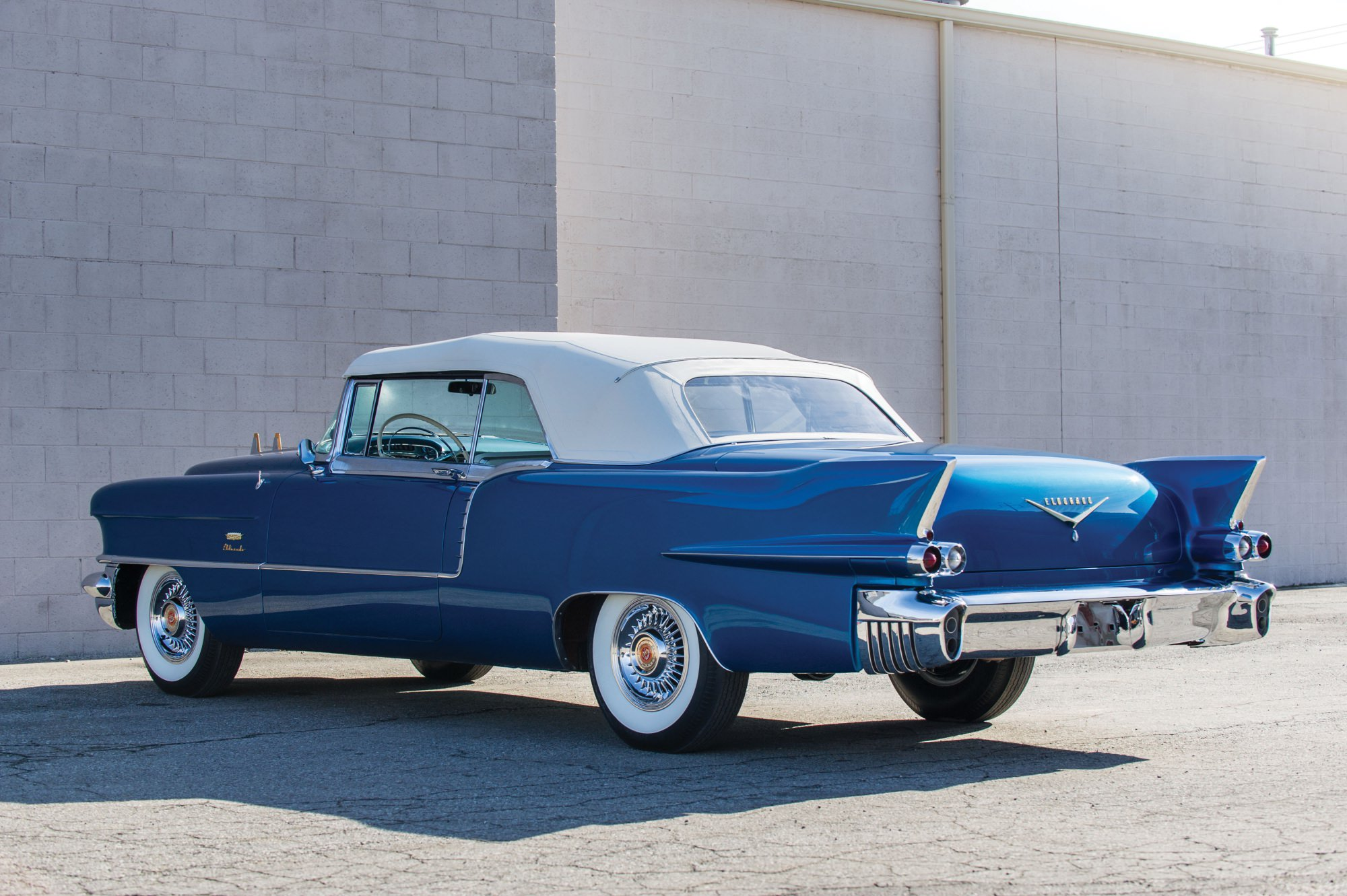 Best Luxury American Cars