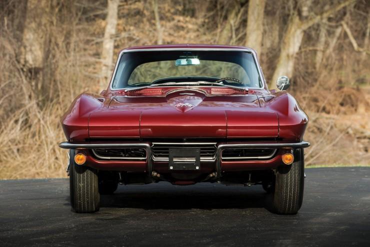 Chevrolet-Corvette-14