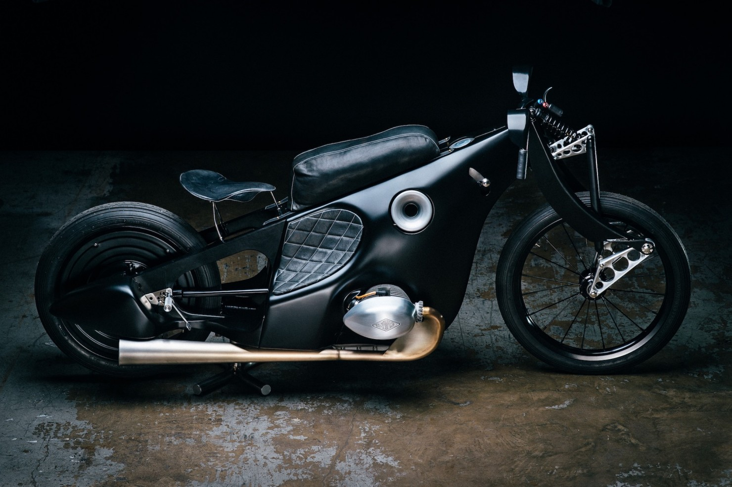 Custom-BMW-Motorcycle-1