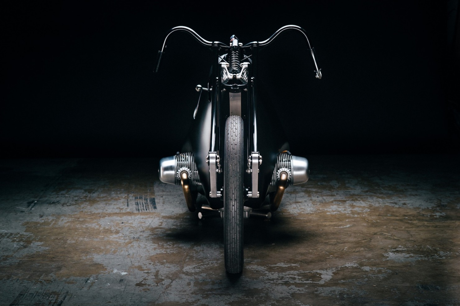 Custom-BMW-Motorcycle-10