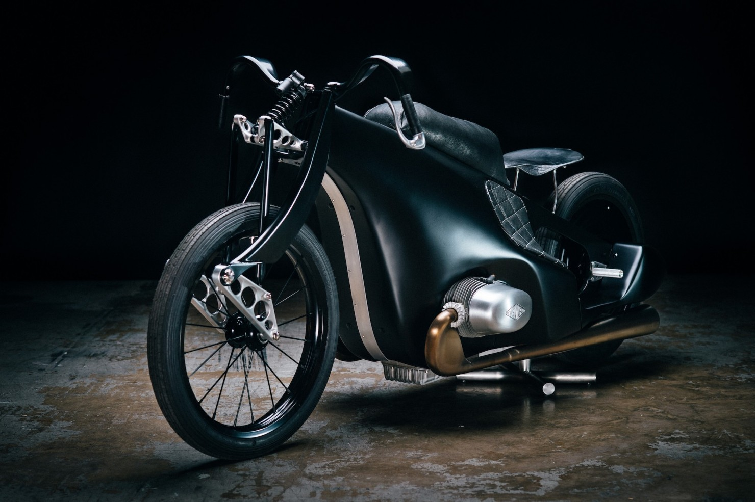 Custom-BMW-Motorcycle-14