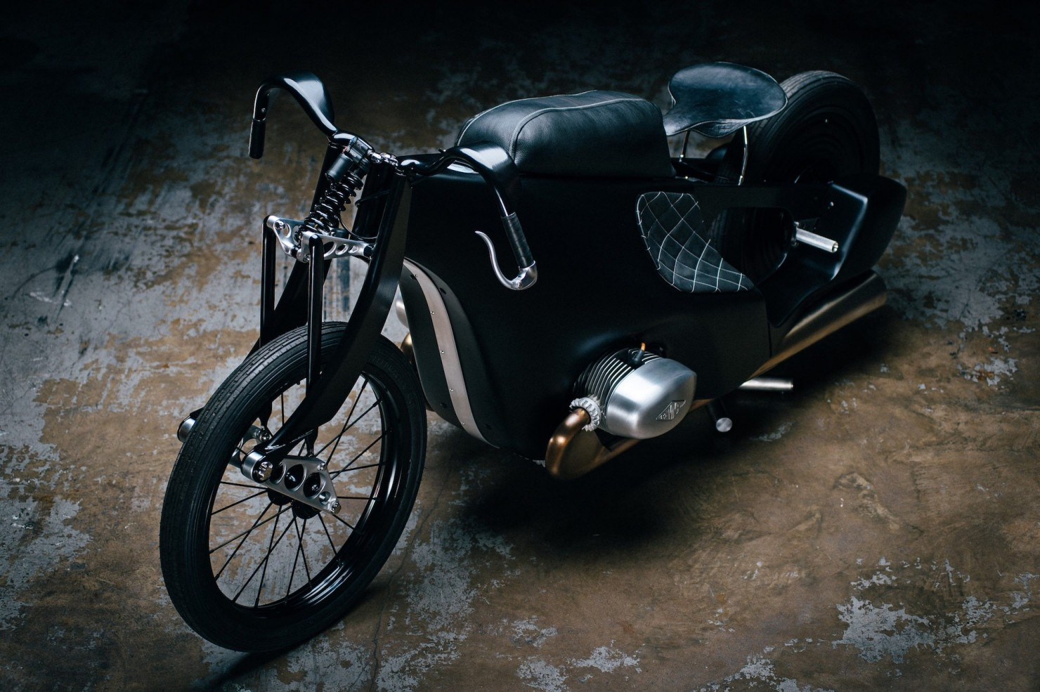 Custom-BMW-Motorcycle-15