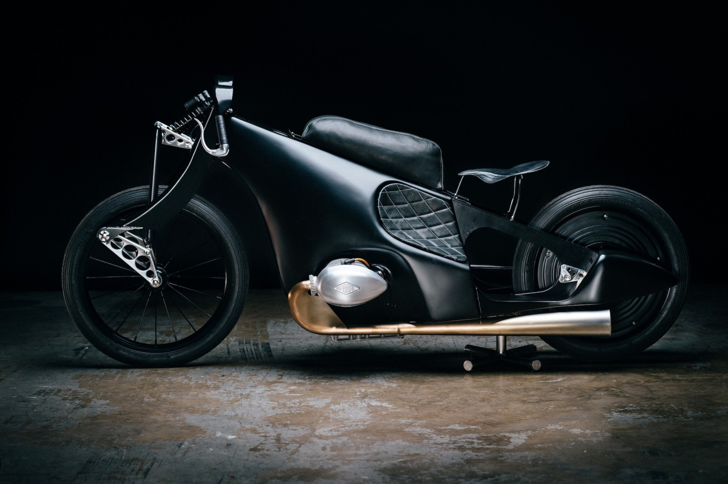 Custom-BMW-Motorcycle-18