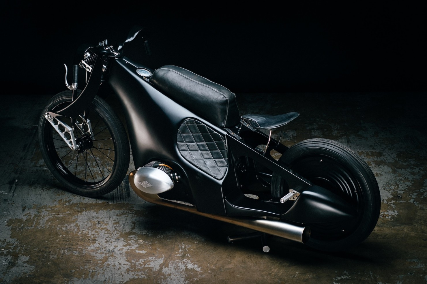 Custom-BMW-Motorcycle-21