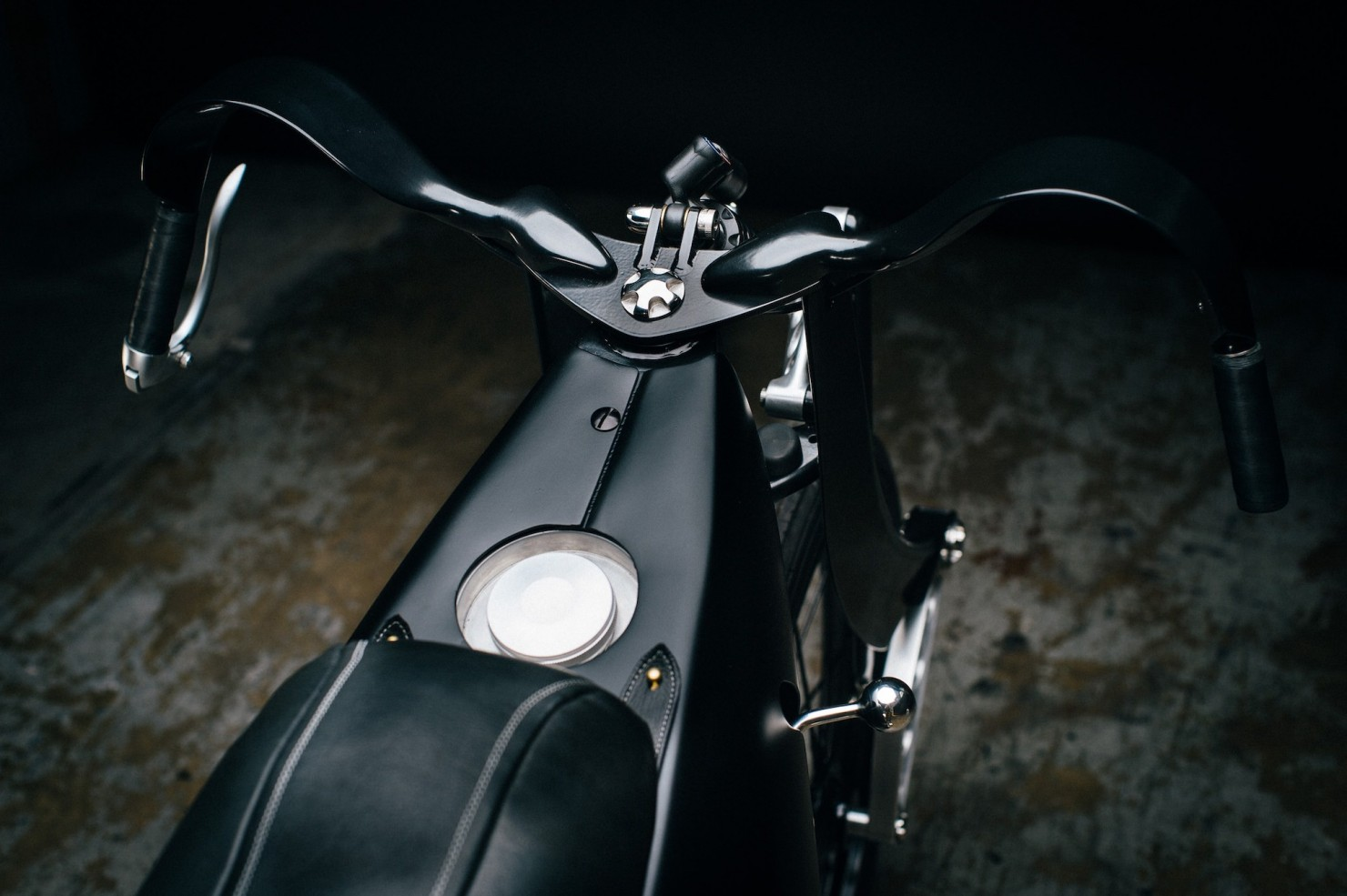 Custom-BMW-Motorcycle-22