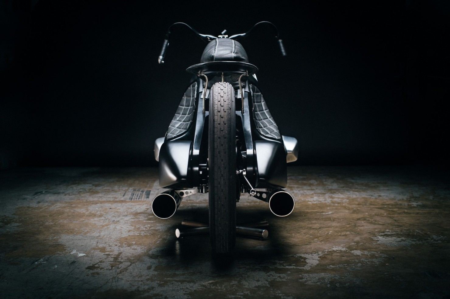 Custom-BMW-Motorcycle-24