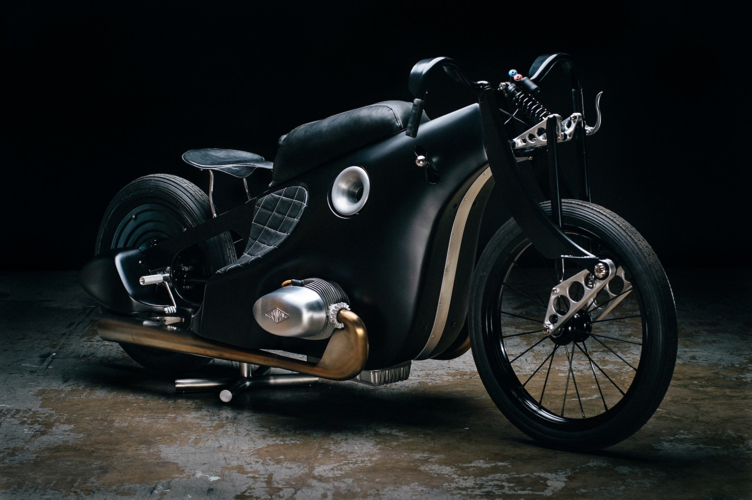Custom-BMW-Motorcycle-4