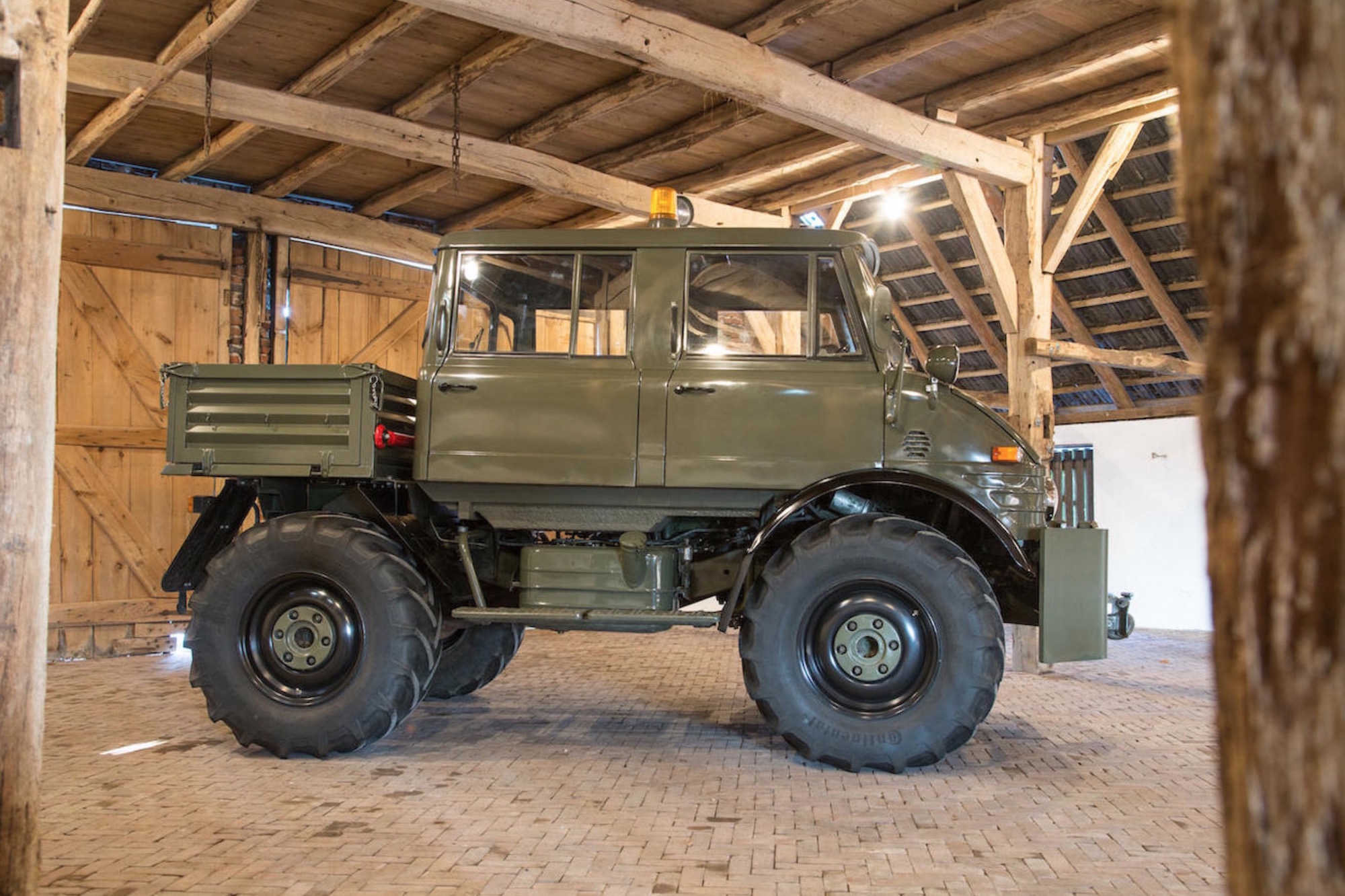 Luftwaffe Mercedes Benz Unimog