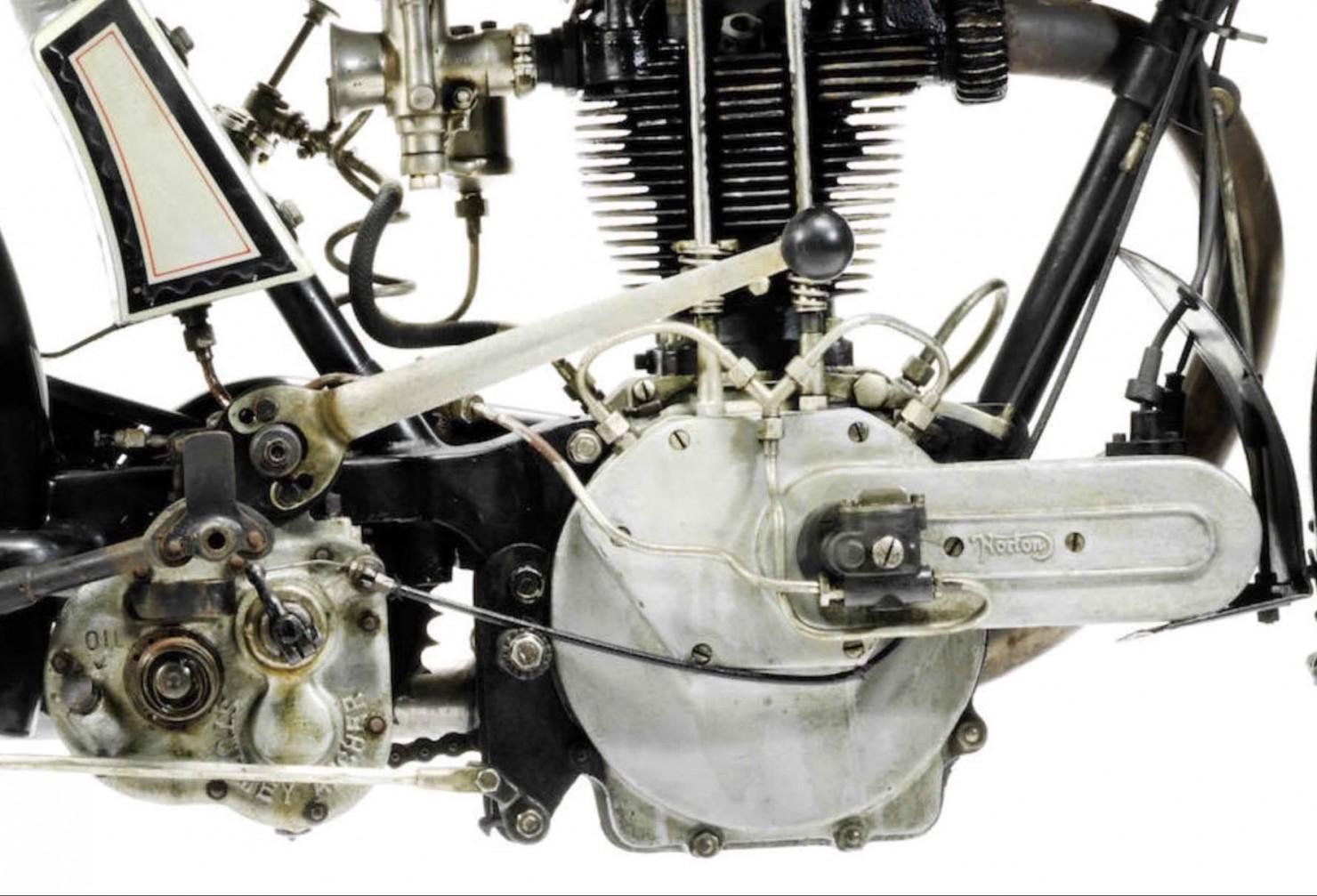 Norton Model 18 3
