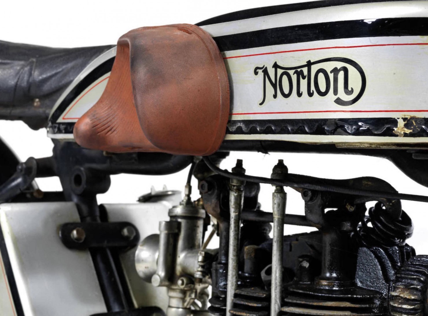 Norton Model 18 8