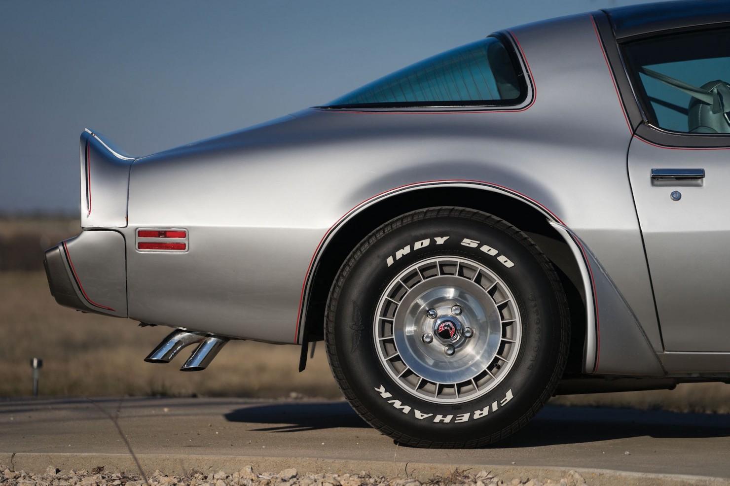 Pontiac-Trans-Am-12