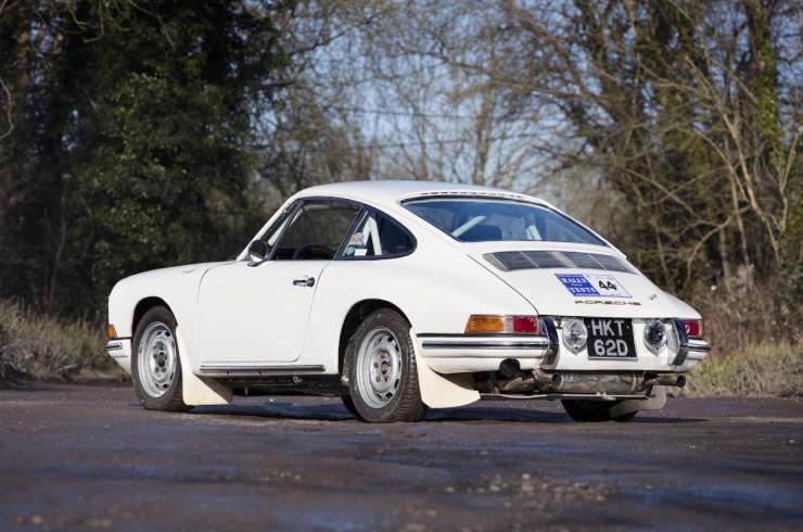 Porsche-911-Rally-15